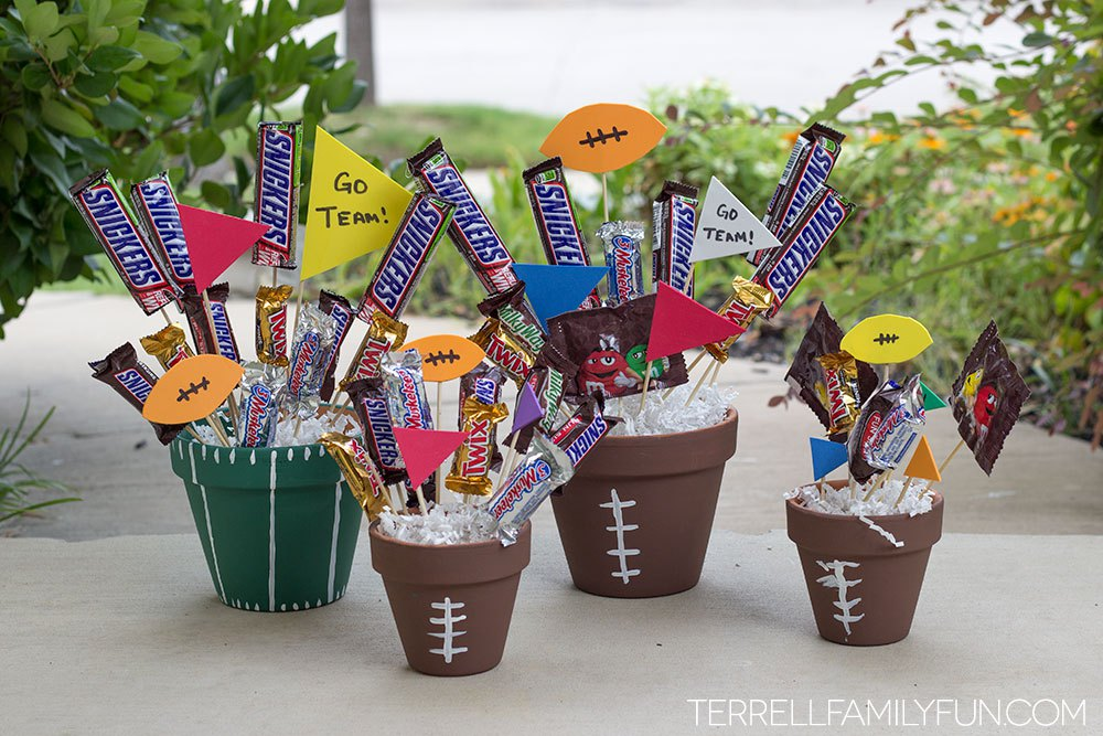 8 Creative Candy Bouquet Ideas for an Ideal Christmas Gift