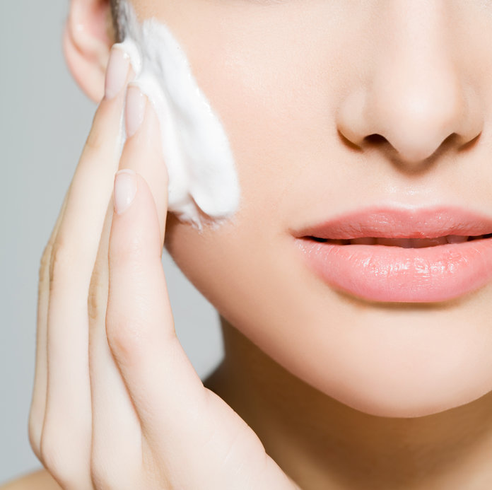 How To Utilize Face Creams And Lotions Adequately?