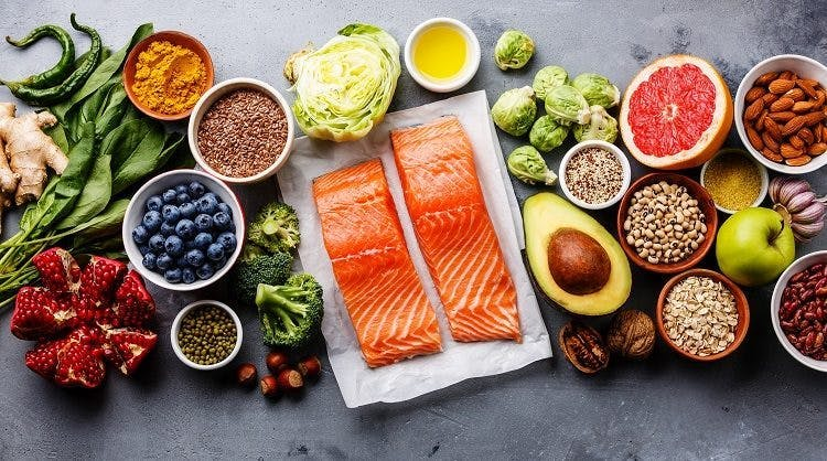 15 Healthy Foods to Eat When Recovering from Injury